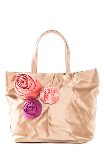 Item - With Rose Accent Gold Satin Baguette