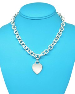 Tiffany & Co. CLASSIC Tiffany & Co. Heart Link Necklace 15