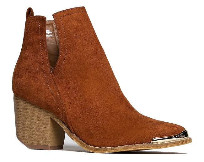 Item - Brown V-cutout Ankle Boots/Booties Size US 7.5 Regular (M, B)