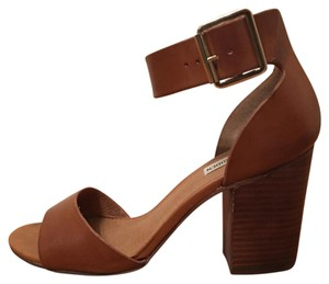 Steve Madden Cognac Leather Pumps