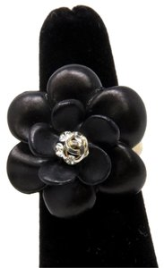 Chanel Chanel Signature CC Camellia Flower Black W/ Gold Band Ring sz 6.5