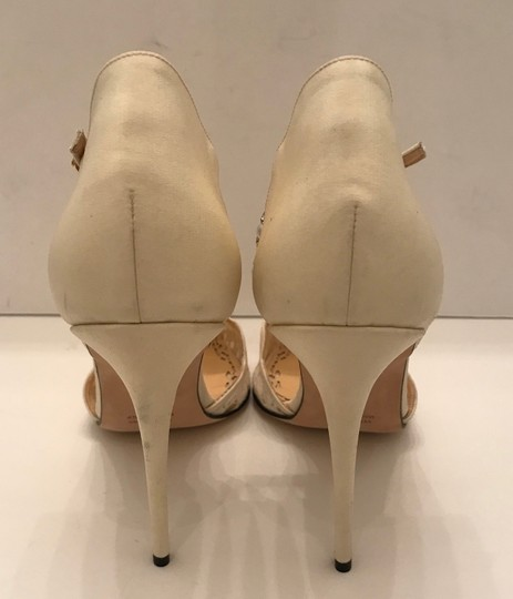 Marchesa Pearl Ivory white lace Pumps Image 4