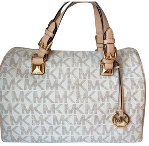 Michael Kors Nwt New With Tags Pvc Logo Satchel in Vanilla