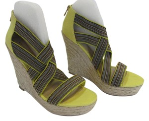 Chinese Laundry New Size 8.50 M Excellent Condition Yellow, Neutral, Red, Blue, Black, Platforms