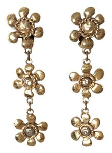 Chanel RARE VINTAGE CHANEL 1970's GOLD PLATED FLOWER DANGLE CLIP EARRINGS