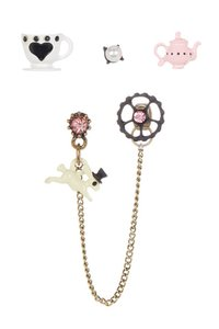 Betsey Johnson Betsey Johnson Wonderland Earrings