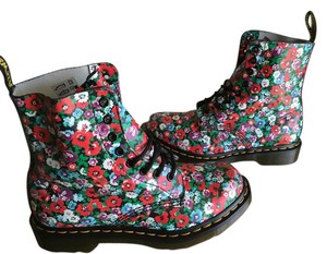 Dr. Martens Floral Wild Poppy Boots