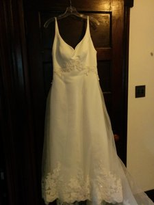 Mon Cheri Polyester None Formal Wedding Dress Size 2 (XS)