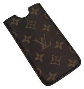 Louis Vuitton Authentic Louis Vuitton Monogram Iphone 6/7 sleeve