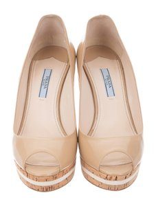 Prada Gucci Gucci Women Nude/Tan Wedges