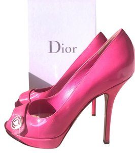 Dior Peep Toe Open Toe Classic Patent Patent Leather Gold Hardware Gold Logo Buckle Luxury pink Pumps
