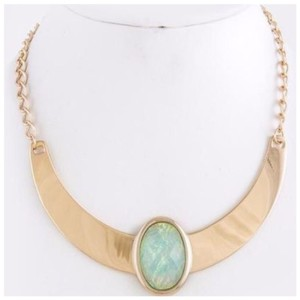 Other D36 Nacre Opalescent Irridescent Mint Green Gold Metal Collar Necklace
