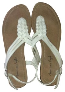 American Eagle Outfitters tan and white Sandals