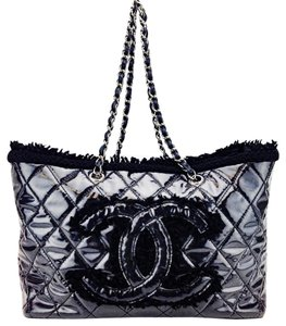 Chanel Gst Vinyl Fur Quilted Tote in Black