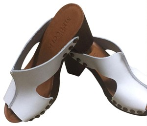 Sesto Meucci white Sandals