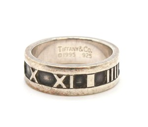 Tiffany & Co. #10762 ATLAS COLLECTION RING Sterling silver 925 Roman numeral
