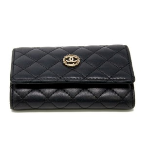 Chanel Chanel Signature Quilted Cambon Leather 6 Key Chain Wallet