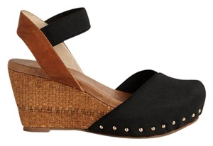 Matt Bernson New In Box Black Wedges