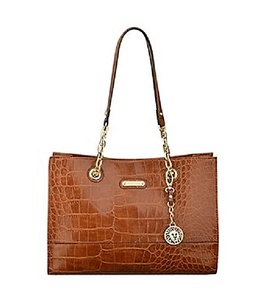 Anne Klein Ak Logo Cell Zip Pkt Tote in Featured in saddle