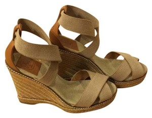 Tory Burch Tan/Gold Wedges