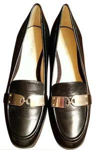 Nine West Black and silver Flats