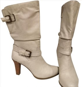 Style & Co Buckle Side Zip Stretch Gussett Riding Biker Cream Ivory White Boots