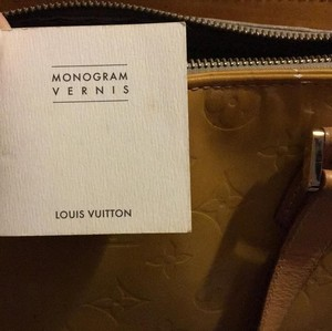 Louis Vuitton Tote in Yellow Mustard