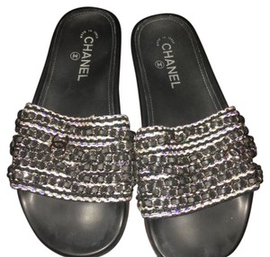 922a1121347f Chanel Slides - Up to 70% off at Tradesy