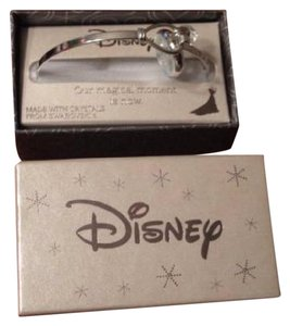 Disney Disney Hook & Eye Bangle With Swarovski Crystal and Snowflake