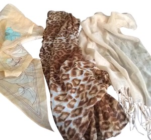 Bundle of 3 Scarfs Bundle Of 3 Scarfs