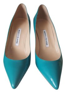 Manolo Blahnik BLUE METAL Pumps