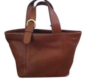 Coach Vintage Leather Gold Hardware Tote in Light Brown