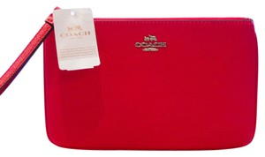 Coach Crossgrain Leather Wristlet in Red