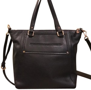 Michael Kors Tote in Black & Gold