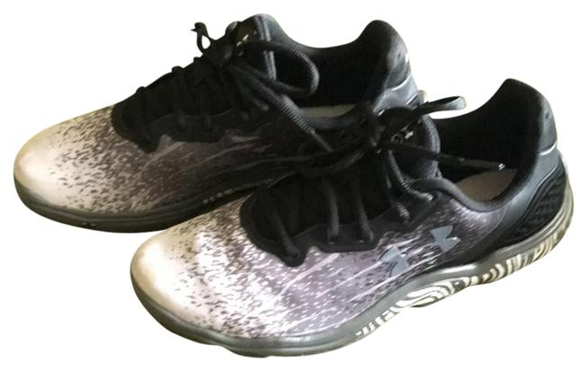 Item - Black White and Gray Running Sneakers Size US 7 Regular (M, B)