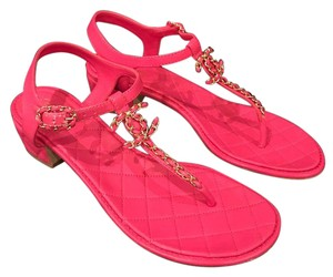 Chanel Chain Thong Quilted Block pink Sandals