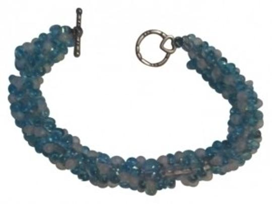 Preload https://img-static.tradesy.com/item/20843/aqua-beaded-bracelet-0-0-540-540.jpg