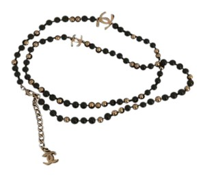 Chanel Authentic CHANEL Black/Gold pearl necklace