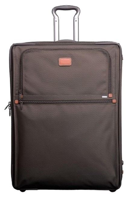 Item - Alpha 2 Continental Expandable 2 Wheel Carry-on Brown Weekend/Travel Bag