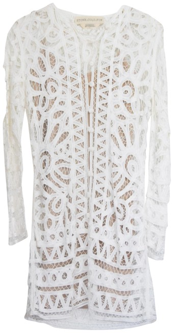 Preload https://img-static.tradesy.com/item/20844532/stone-cold-fox-white-topeka-crochet-embroidered-nude-stretchy-slip-short-night-out-dress-size-4-s-0-5-650-650.jpg