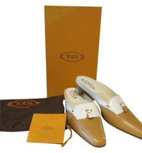 Tod's Beige and white Mules