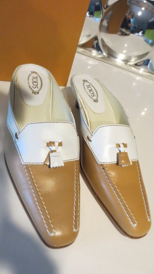 Tod's Beige and white Mules Image 1