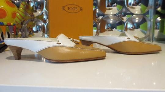 Tod's Beige and white Mules Image 2