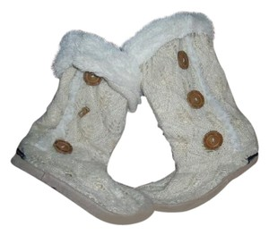 Muk Luks Crochet Faux Fur Slippers Ivory Boots