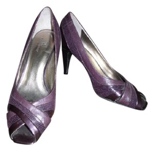 Worthington Snake Repltile Eggplant Open Toe Purple Pumps