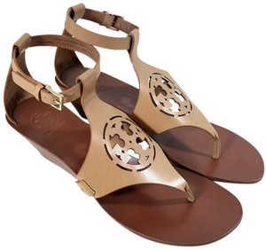 Tory Burch Gold Tone Hardware Leather Style#12169532 Made In Brazil Sand Wedges