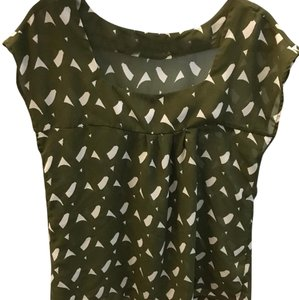 H&M Top olive and white