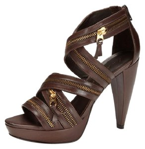 Pour La Victoire Sandal Zipper Design Leather 4 1/2 Inch Heel Brown Platforms