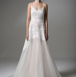 Anais Anette Amelie Gown Wedding Dress