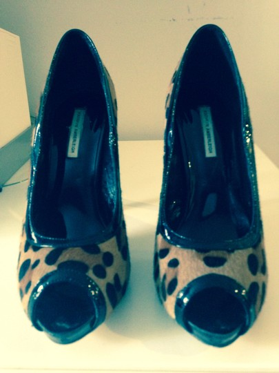KATHRYN AMBERLEIGH Dressy Leopard Formal Leopard, Black Pumps